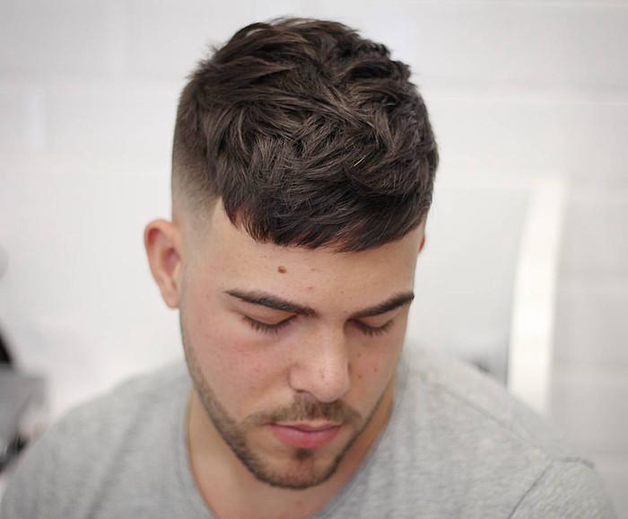 两边剃光的最帅气发型图片