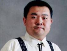 年轻导演班赞因病去世 年仅41岁