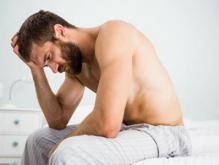 夫妻生活中男人不硬是什么原因?精神问题需注意