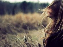 怎么和女生聊天?让她爱上聊天的感觉不必想话题 只需几个小技巧