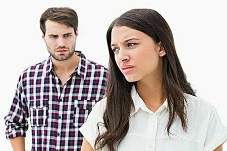 女朋友对我爸妈给的见面红包不满意,认为自己不值钱