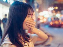 情感咨询:男朋友不主动亲热 我怀疑他外面有人