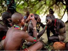 现代社会中纯粹的原始人部落 6万年来完全的脱离了人类进化史