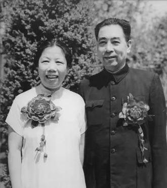 邓颖超,周总理背后的伟大女性